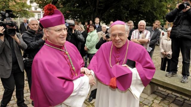 Bischof Konrad Zdarsa besucht sein neues Bistum Augsburg