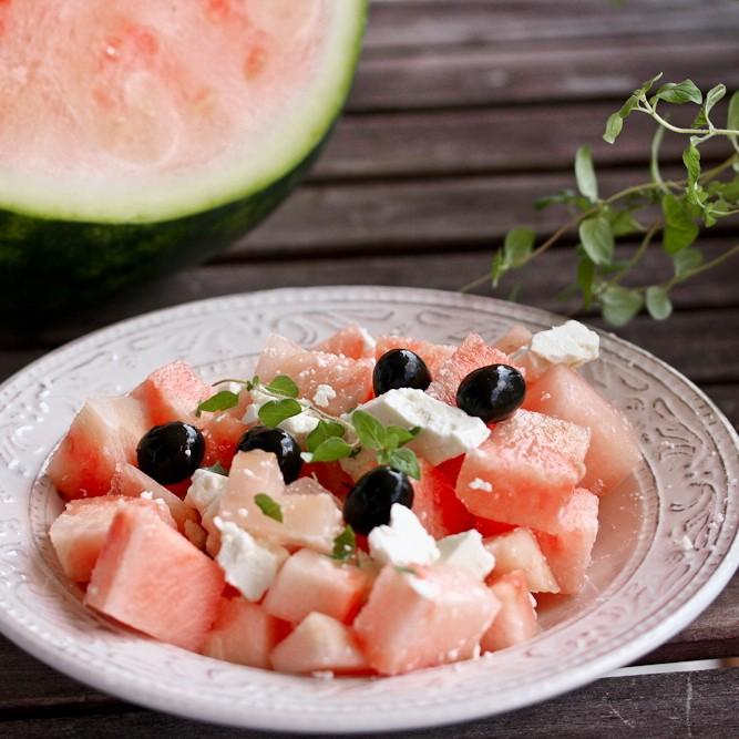 kochnische zu salat mit wassermelone und feta stil s. Black Bedroom Furniture Sets. Home Design Ideas